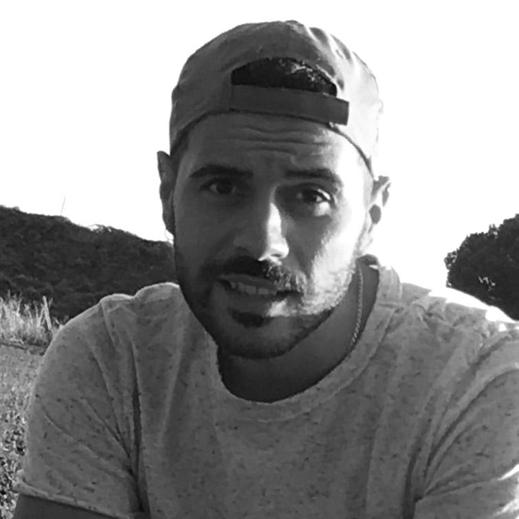 https://www.canapadelsud.com/wp-content/uploads/2019/08/team-antonio-capone.jpg